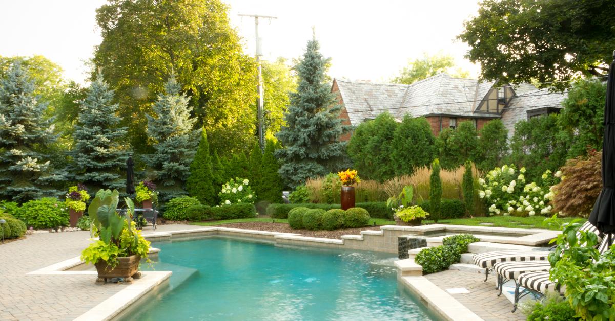 11 Beautiful Pool Landscaping Ideas