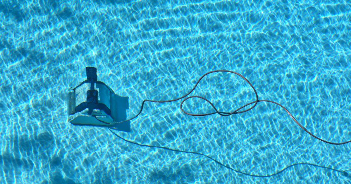 Polaris Pool Vacuum Comparison Guide